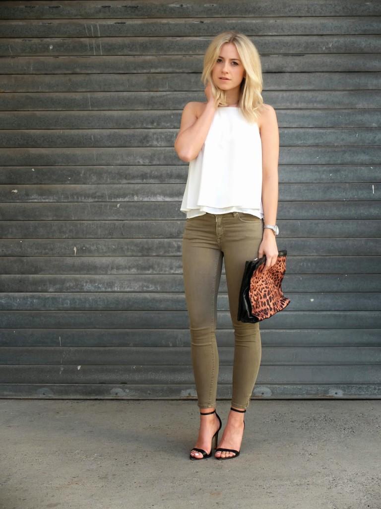 Summer Outfit - khaki & white