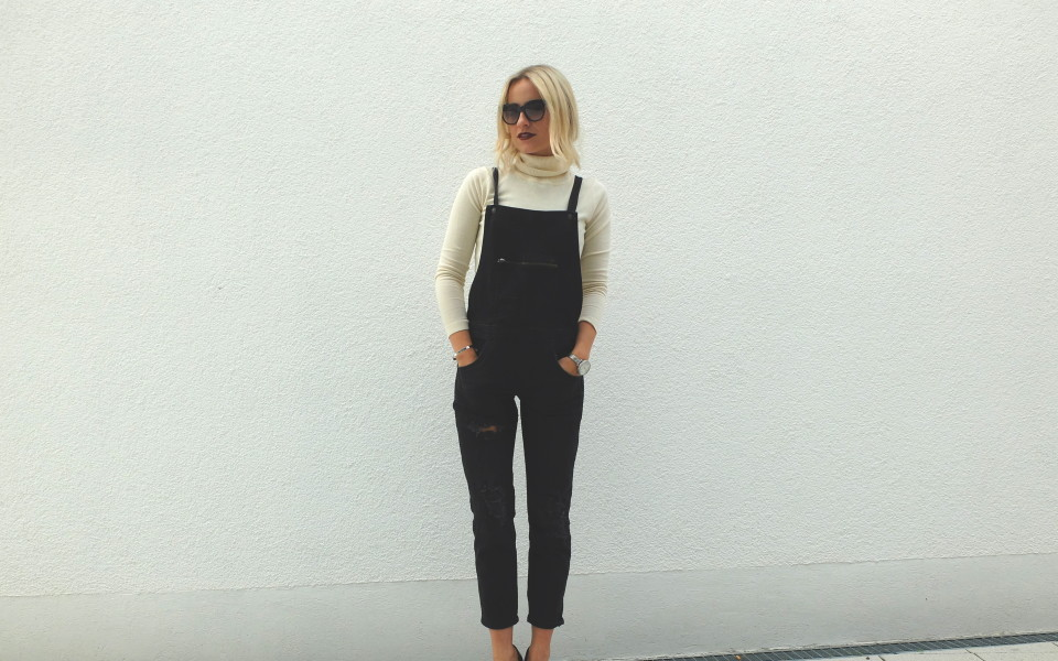 turtelneck sweater