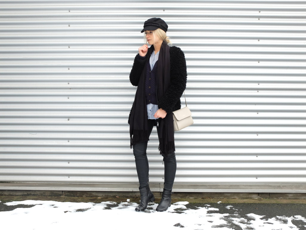 Black & Blue Winter Outfit