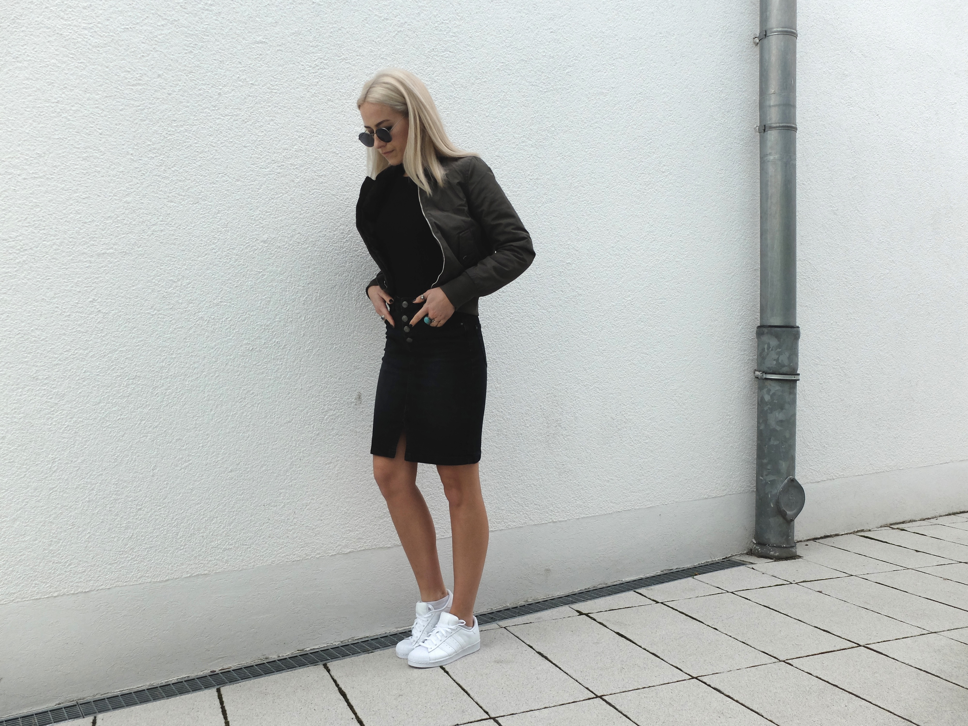 black-denim-skirt