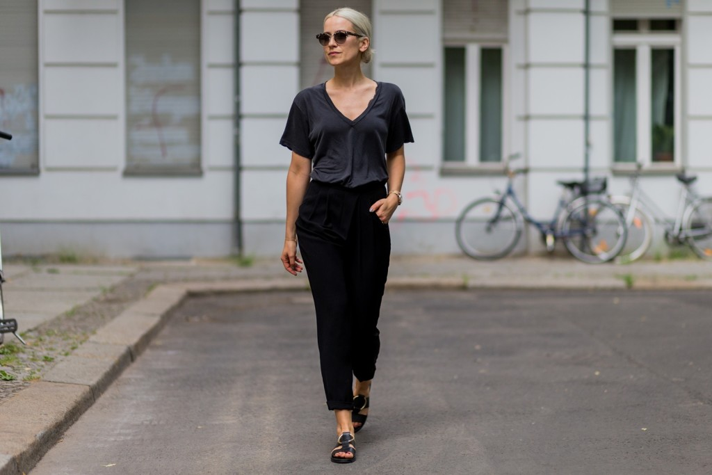 Cozy Tuesday - black pants and oversized shirt