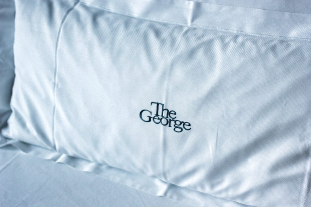 The George Hotel Hamburg - Travel